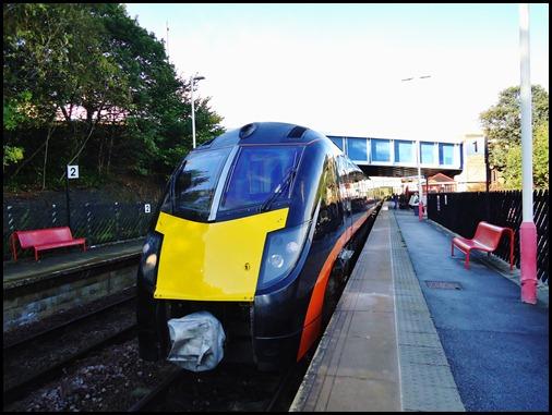 London Train comes to a halt